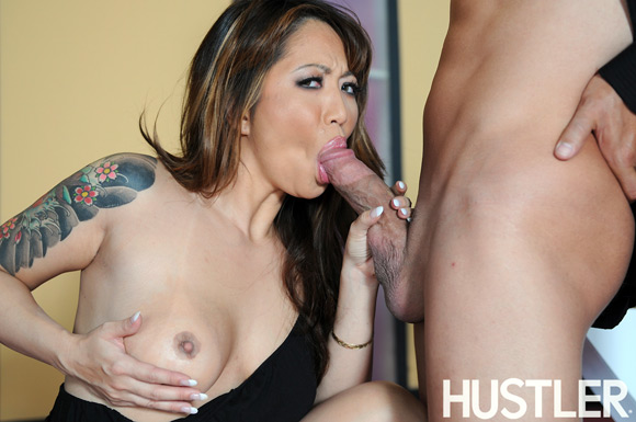 taylor-kiss-naked-asian-fever-girl